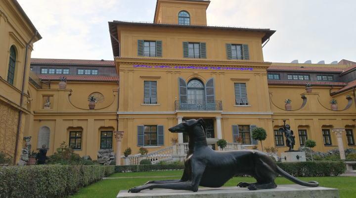 レンバッハハウス美術館 庭からの眺め