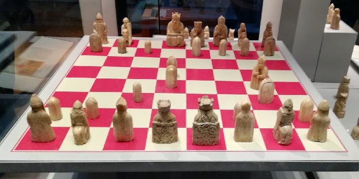 ルイスのチェス駒