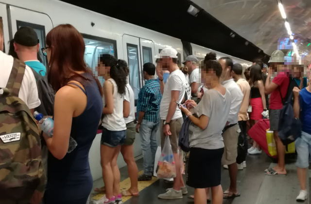 ローマ 地下鉄メトロ