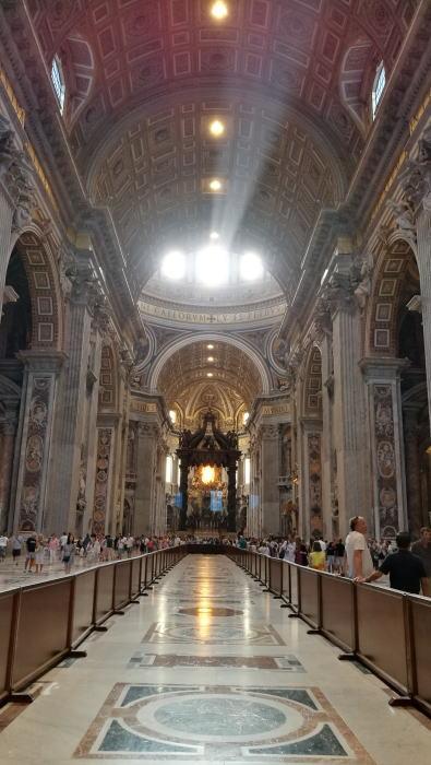 サン・ピエトロ大聖堂 身廊