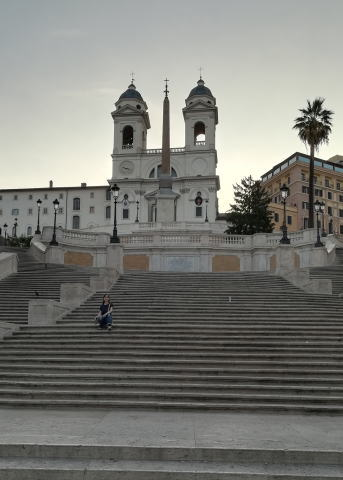 スペイン階段独り占め画像