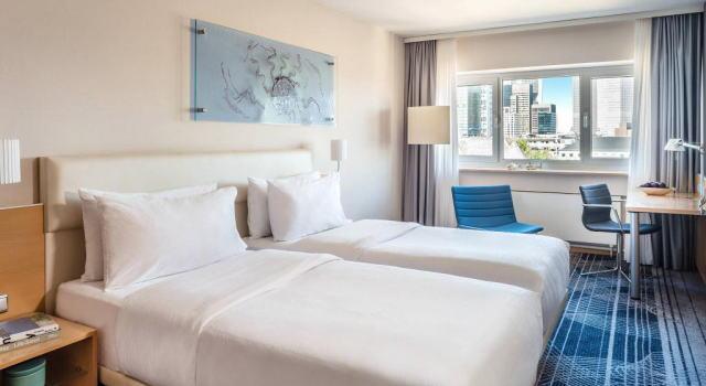 ル メリディアン パークホテル 室内