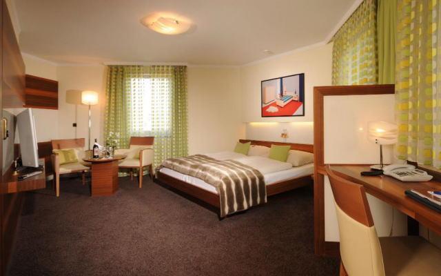 ホテル トルブラウ 室内