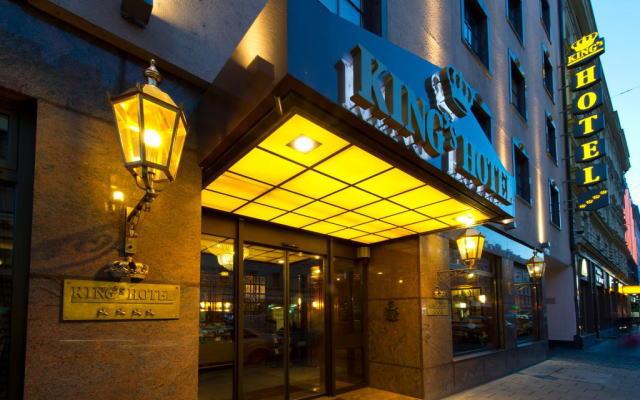 キングス ホテル ファースト クラス