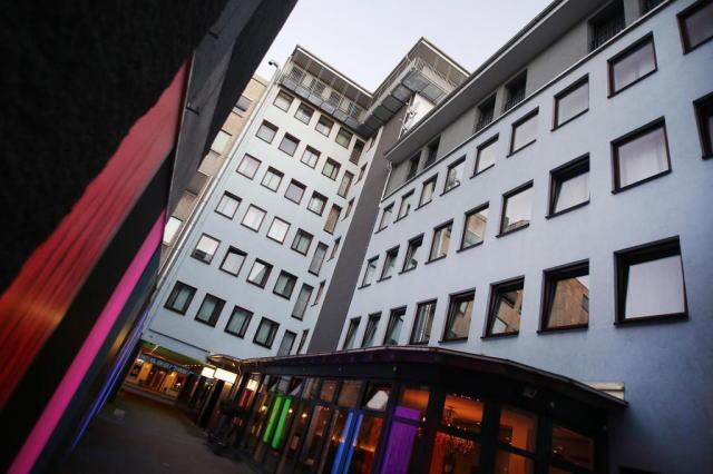 シラー 5 ホテル