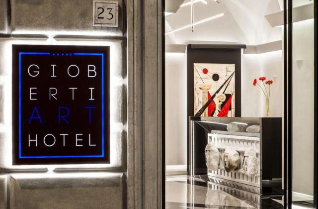 ジョベルティ アート ホテル